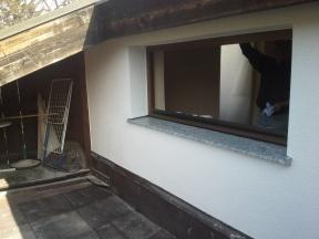 Fläche armieren/verspachteln; Silikatputz 2mm; Fensterbank HELOPAL ...nachher